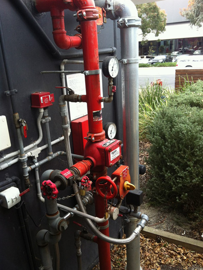 Automatic-Fire-Sprinklers-2